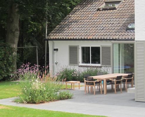 3 Ruim Terras Eettafel Eetbare Planten | QGardens Tuinontwerp Tuincoach | Gardendesign | Gardencoach