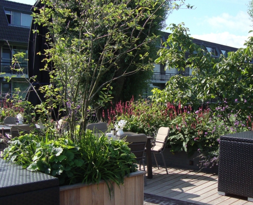 QGardens Tuinontwerp - detail verhoogde plantenbak fotoMW